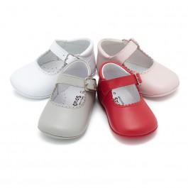 Chaussures babies en cuir avec fermeture à boucle pour bébés