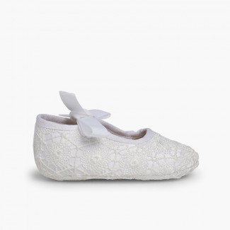 Chaussures Babies Crochet Type Ange Blanc