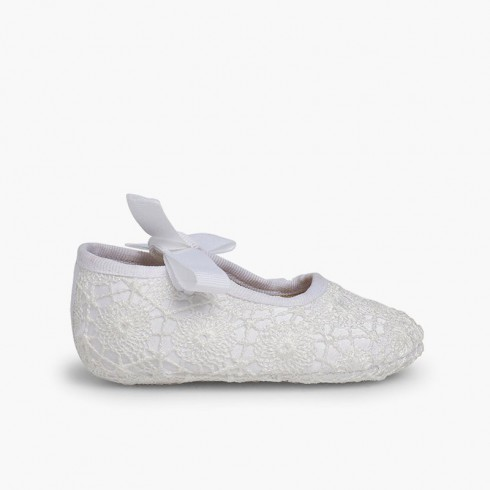 Chaussures Babies Crochet Type Ange Blanc