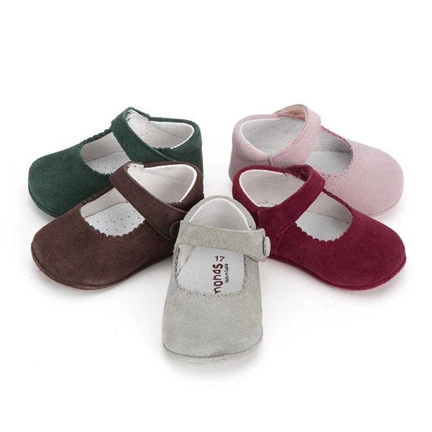 Chaussures en suède avec fermetures à scratch pour bébés
