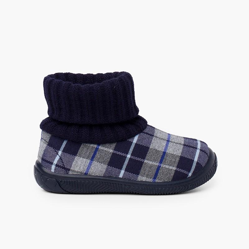 Chaussons avec col chaussette en laine
