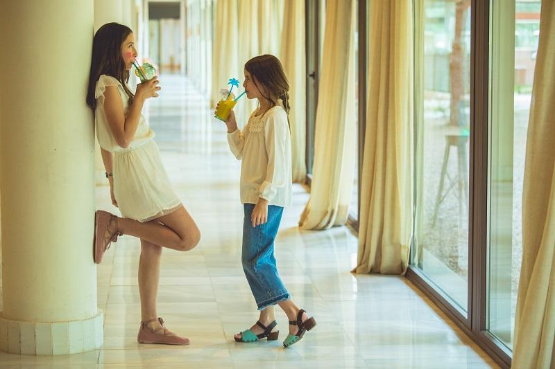 Chaussure pour fille à la mode